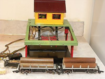 American Flyer Log Loading Platform 751 with two 714 Cars