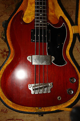 Gibson 1962 EB0 Bass and Black Pebble Case