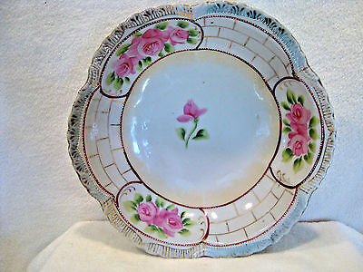 624 Hand painted pink and white floral porcelain serving bowl.