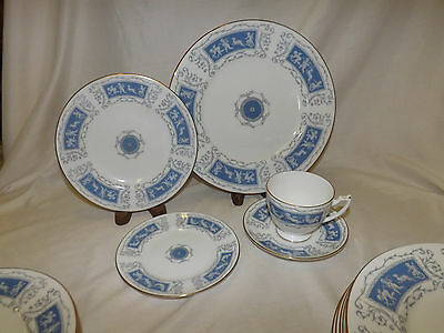 Coalport REVELRY BLUE Cherubs 39 pc Dinnerware Set service for 8 less 1 saucer