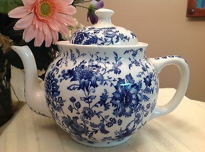 Buffalo Pottery White With Blue Floral Design 4 c Teapot Tea Pot