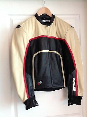 MOTORCYCLE WOMAN LEATHER JACKECT size M