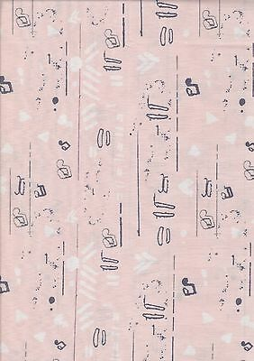 50 x 110 cms Just Another Walk in the Woods 2051111-100/% cotton Half Metre