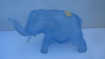 Elephant Blue Frosted Glass Covered Trinket Box Candy Dish Indiana Tiara Glass
