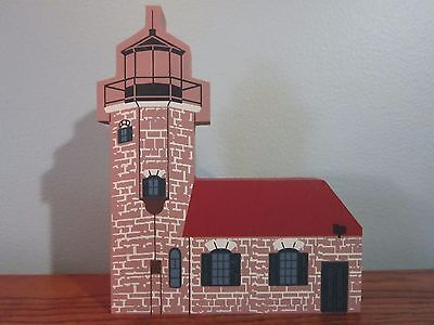 Sand Island Lighthouse 1994 Waterfront Series Cat's Meow Village Never Displayed