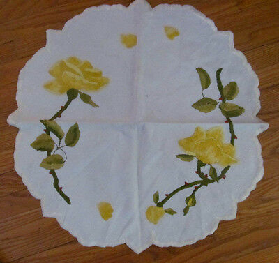 """Antique SOCIETY SILK Fine Embroidered Linen Doily~Yellow Roses 18"""""""