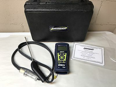 Bacharach Fyrite Intech Combustion Analyzer 0024-7341 Great Shape
