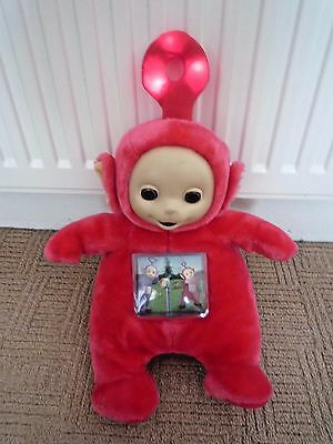 "1996 Tomy Teletubbies 13"" Po With Light & Sound / Moving Tv Screen / Soft Toy"