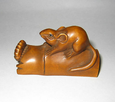 Beautiful Mouse Boxwood Netsuke Hand Carved Wood Figurines Collectable Carving