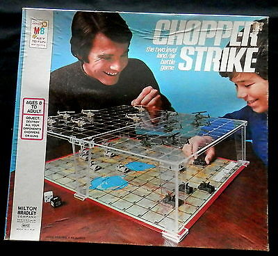 1976 MILTON BROTHERS 2 Level Land/Air Battle Game CHOPPER STRIKE Complete in Box