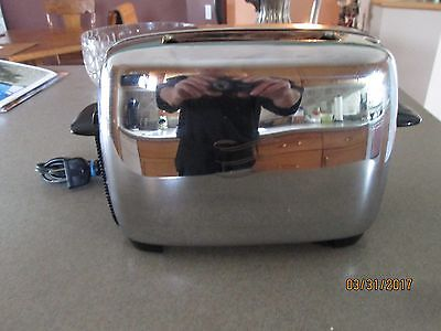 Vintage General Electric Chrome Toaster in EXCELLENT CONDITION