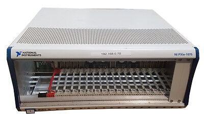 NI PXIe-1075 High-Performance 18-Slot 3U PXI Express Chassis