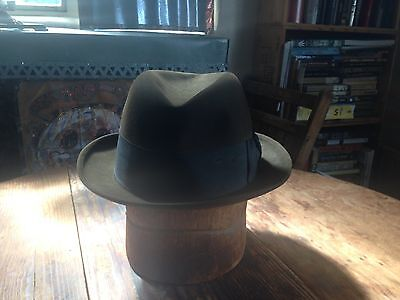 """Vintage 60's  Mallory """"Classic"""" Chocolate Brown Mens Fedora Hat  Sz. 7 1/4"""