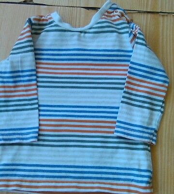 boys long sleeved top age 3-6 months