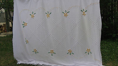 Vintage White Cotton Chenille Floral Bedspread Blanket Cottage Shabby Chic