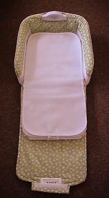 Baby Delight Snuggle Nest Comfort * green * Portable infant Sleeper bed * SOUNDS