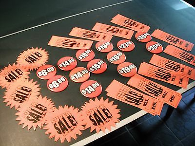 LOT 46 Hooters PROMO PRICE BUTTONS & SALE CARDS  PIN badge advertising Generic