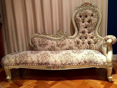 Antique French chaise lounge day bed