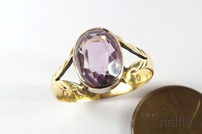 ATTRACTIVE ANTIQUE ENGLISH 18K GOLD AMETHYST SOLITAIRE RING c1850