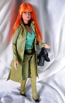 Barbie Collection Modern Circle 2003