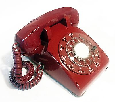 BEAUTIFUL RED ROTARY DESK PHONE, RETRO VINTAGE 1960's BELL WESTERN ELECTRIC EXC