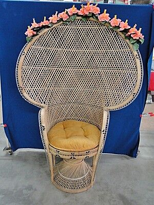 Wicker Peacock Chair with Cushion Lot 93