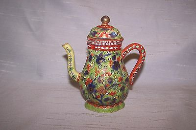 Chinese Clobbered Small Coffee Pot Qianlong 18c