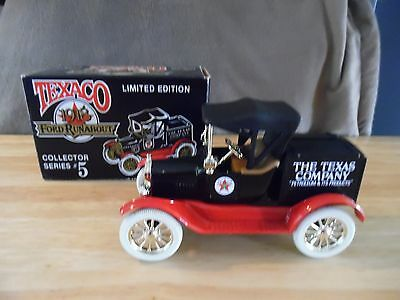 1988 Ertl Texaco Die-Cast 1918 Ford Runabout Coin Bank #5. New in Box.