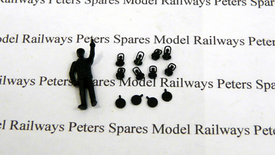Hornby X4049 Pug Accessory Bag Crew And Lamp Set