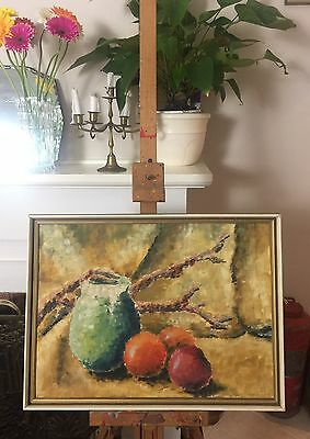 Beautiful Vintage Framed Still Life Oil Painting. Signed By Artist Saunders