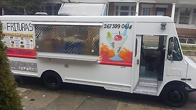 All stainless steel Food Truck .Very good conditions