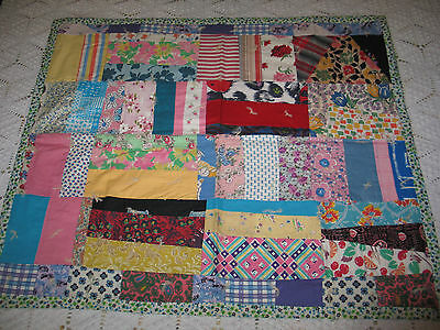 Charming Antique Vintage Hand Pieced~Doll~Quilt c1930-40s Feedsack Fabrics-25x28