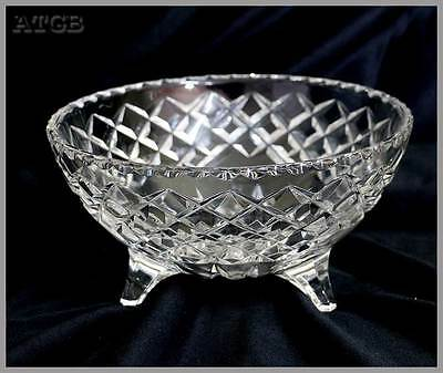 Vintage large crystal three footed sparkly bowl. Measures approx 16cm across