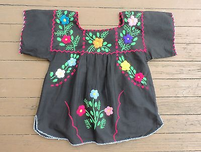 VTG Women's Black & Multi-Colored Embroidered Mexican Peasant Blouse Medium