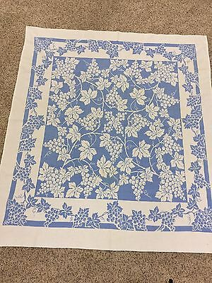 "VTG Tablecloth Square 48"" X 53"" Blue White Grapes Cottage Country Farm Kitchen"