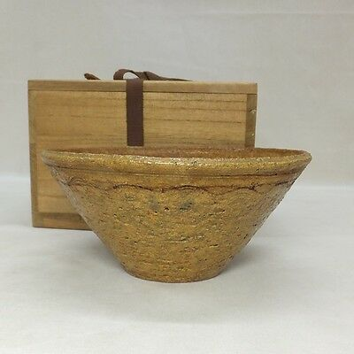 B405: Korean Joseon Dynasty style pottery tea bowl of traditional IRABO-CHAWAN