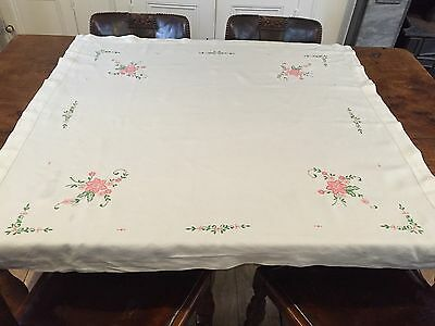 Vintage  Linen Embroidered  Table Cloth 46 X 46 Inches