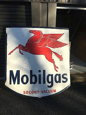Porcelain Mobil Gas Badge Sign Pegasus!!!shipping Available