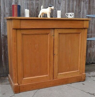 Gorgeous Antique Pine Sideboard Cupboard Dresser Housekeepers Fitted Drawers