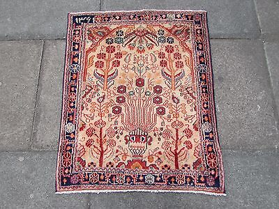 Fine Old Traditional Persian Rug Oriental Hand Made Wool Cream Small Rug 95x75cm