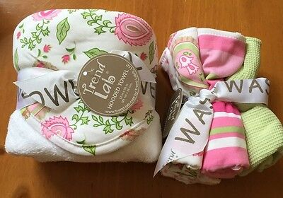 NEW Trend Lab Pink Paisley Hooded Towel Wash Cloths Infant Baby Toddler Bath
