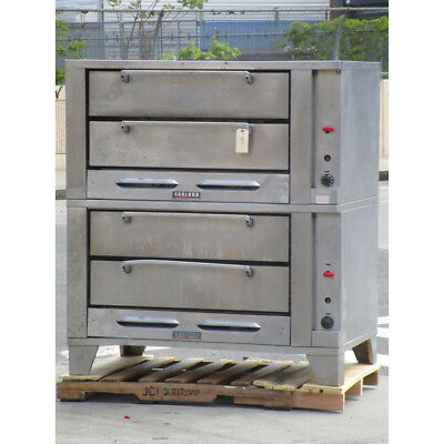Garland G2771 4 Deck Oven, Natrual Gas, Excellent Condition
