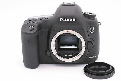 Canon EOS 5D Mark III 22.3MP Digital SLR Camera - (Body Only) Shutter Count: 117