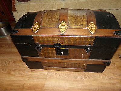 Antique Restored Original Steamer Camelback Trunk with Tray and Compartments