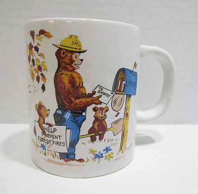 SMOKEY THE BEAR circa 1960's CERAMIC COFFEE MUG CUP HELP PREVENT FOREST FIRES