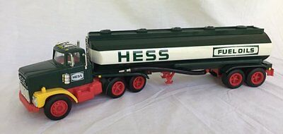 1984 Hess Tanker Toy Truck / Bank