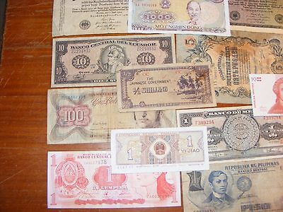 Lot of world currency    All Different