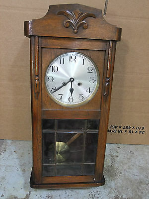 Early 20th C Oak Striking Wall Clock With Bevelled Glass Door [3804]
