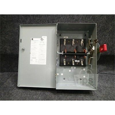 Ge TC35322 Double-Throw Safety Switch, 60 A, 240VAC, 250DC, 3P