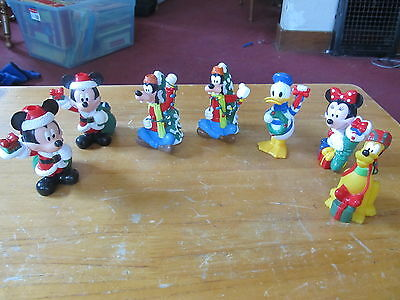 Disney Christmas Tree Light covers lot of 7 Mickey Goofy more